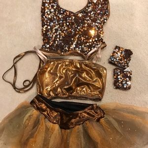 Ballet dress with accessories